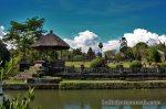 Kolam Pura Taman Ayun