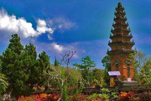 Berwisata Sejarah Ke Taman Pujaan Bangsa Margarana